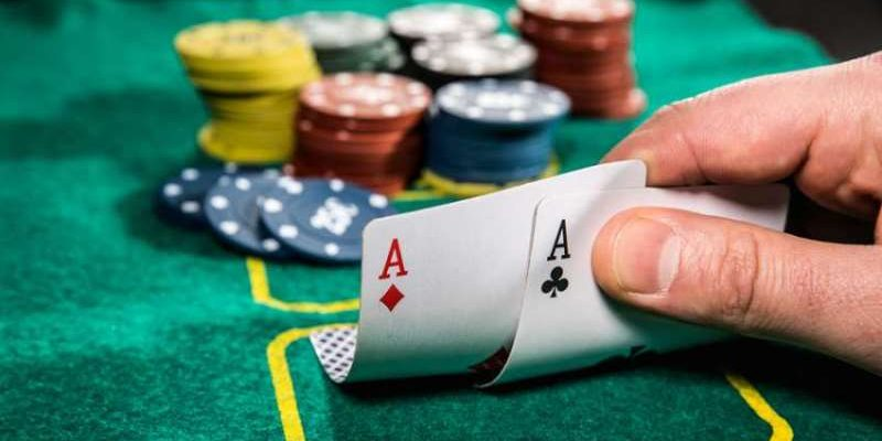 The Effective Tips In Mastering Any Poker Variation Online